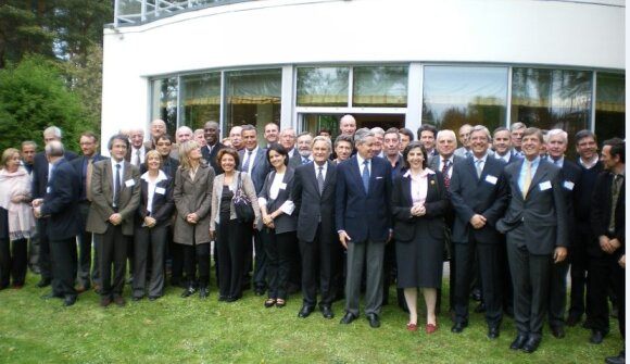 Leading a group of elected officials in Ambassador François Laumonier's residence in Vilnius