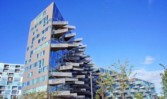 Reikšmingas pastato aksesuaras – balkonas