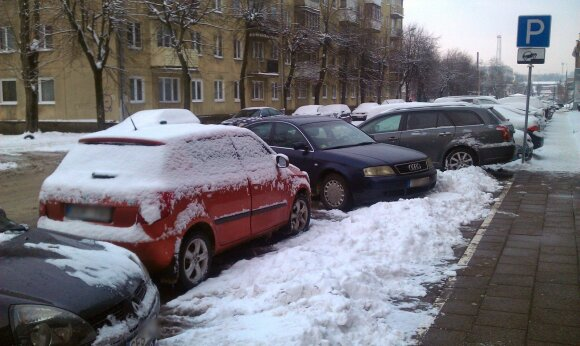 Perspėja dėl Lietuvos automobilių parko: rizika keliuose – didesnė