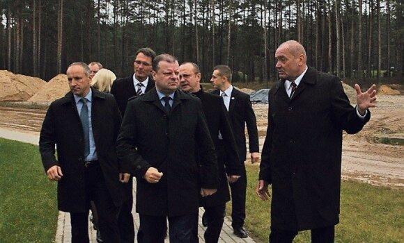 Saulius Skvernelis (viduryje), Julius Matulevičius (dešinėje) (Foto: Druskininkų savivaldybė)