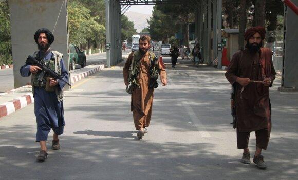 Realybė Afganistane gerokai skiriasi nuo pažadų: Talibanas nusitaikė į civilius
