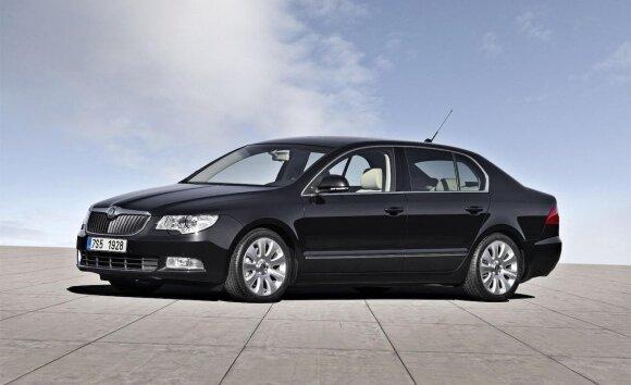"""2009 m. """"Škoda Superb"""""""