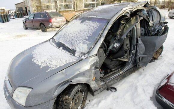 """Žukų """"Opel Vectra"""""""