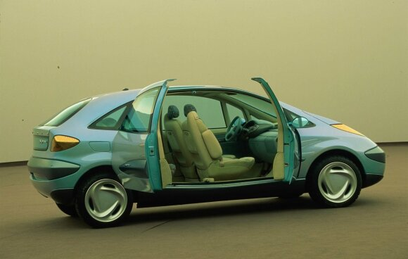 Kaip keičiasi šiuolaikiniai automobiliai ir ką privalo užtikrinti jų gamintojai?