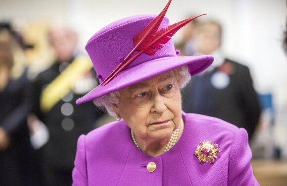 Karališkosios taisyklės: džinsams – ne, tiaros tik po vestuvių ir sukneles dėvintys berniukai