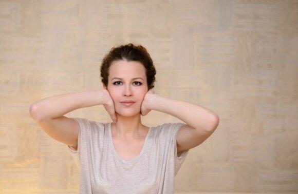 Nereiks ir botulino: pratimai veidui padeda atjaunėti per mėnesį