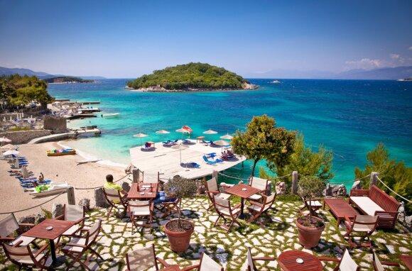 Neatrasta Europos šalis: čia dar nėra gausybės turistų, tačiau rasite įspūdingą gamtą, laisvus paplūdimius ir puikų maistą