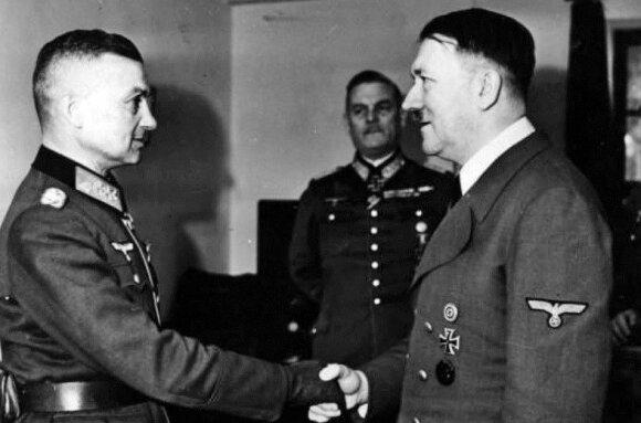 Trečiojo reicho fiurerio A. Hitlerio ir W. Modelio susitikimas