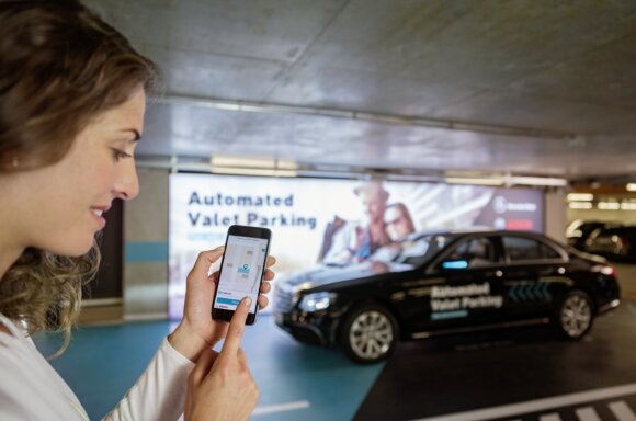 Automatinė parkavimo sistema Mercedes-Benz automobiliuose