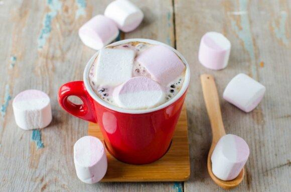 Cukrų pakeitus kitais saldikliais, naudos sveikatai nebus