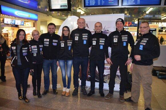 Deividas Jocius ir Donatas Zvicevičius su komanda