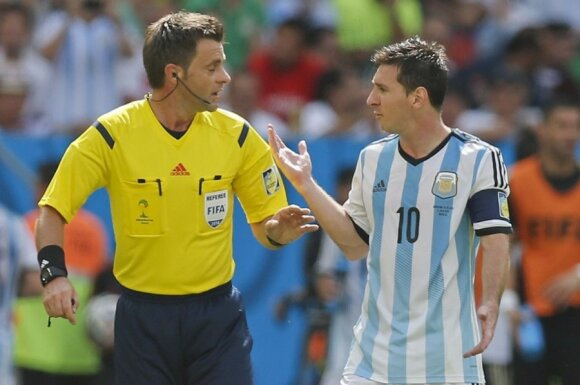 Nicola Rizzoli ir Lionelis Messi