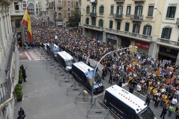 В Каталонии объявлена всеобщая забастовка