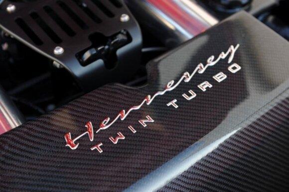 Į Ferrari sumontavo dvi turbinas
