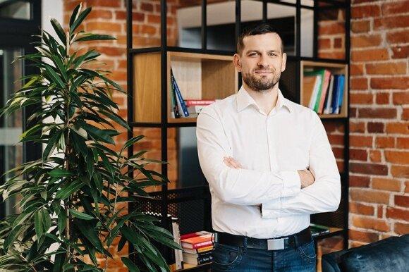 """""""Devbridge"""" technologinių praktikų direktorius V. Paulauskas: kelių į sėkmingą karjerą IT srityje šiandien yra ne vienas"""
