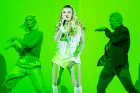 Eurovizijos finalas. Malta: Michela – Chameleon