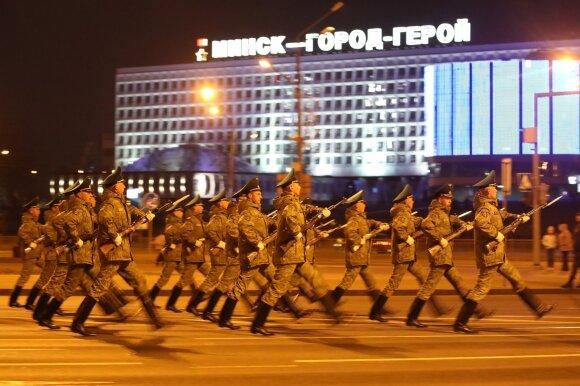 Nepavydėtina Lukašenkos padėtis: kodėl jo pasakomis nebetiki nei baltarusiai, nei Maskva