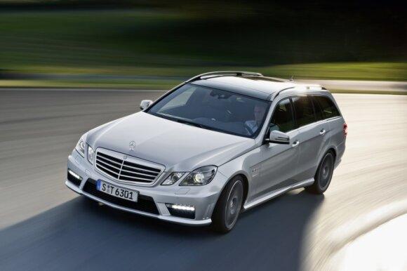 Mercedes-Benz E63 AMG universalas