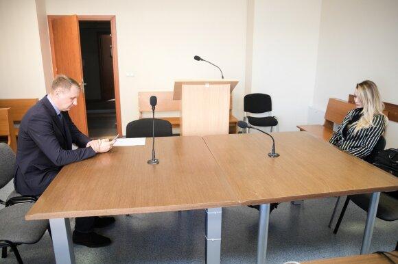 Su 20-mete Erdvile poruojamas Andrius Šedžius tvarkosi kitų santykių bėdas – teisme susitiko su Monika Šedžiuviene