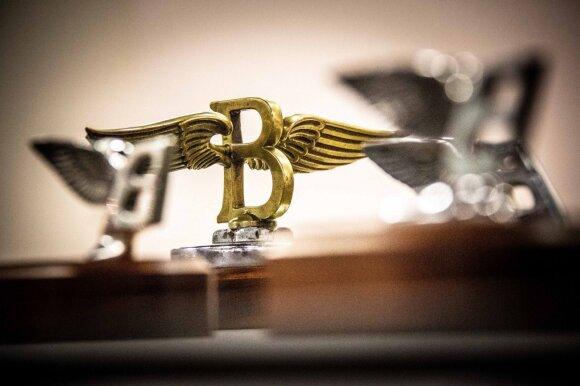 """""""Bentley"""" atnaujino """"Flying B"""" ženklelį: pasikeitė ne tik išvaizda"""