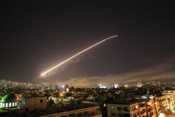 Коалиция во главе с США нанесла авиаудары по Сирии