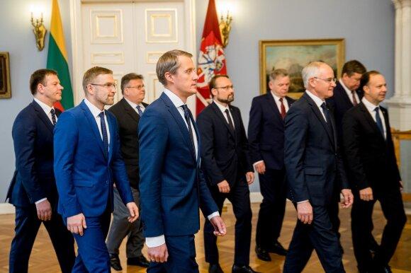 Naujausi reitingai – rinkėjų smūgis už dramą Seime