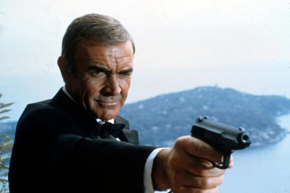 Kadras iš filmo apie Džeimsą Bondą, Seanas Connery