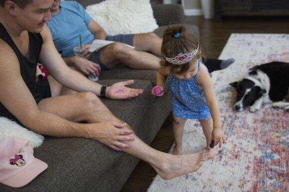 Visame pasaulyje išgarsėjusi lietuvė fotografė pristato įspūdingą Tėvo dienai skirtą ciklą