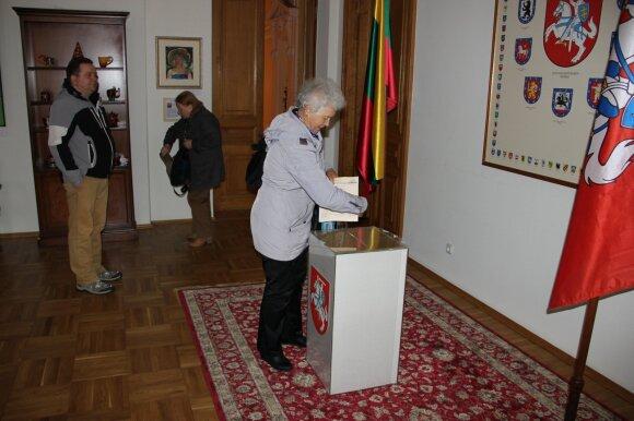 Избирательный участок по выборам Президента Литовской республики в помещении консульства