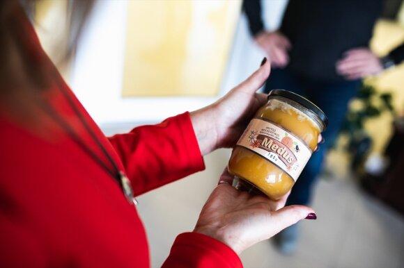 Bitininko dovana Bona Vita sveikatingumo centro vadovei - ekologiškas medus