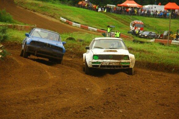 Lietuvos automobilių kroso čempionatas įsibėgėja