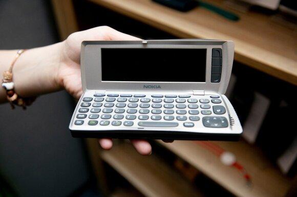 Paneigė mitus apie telefonus: tie, kurie bando apsisaugoti nuo elektromagnetinių bangų, gyvena lyg šiltnamyje
