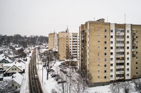 Šiame mikrorajone būstų kainos – vienos mažiausių Vilniuje, tačiau pirkėjai šluoti butų čia neskuba