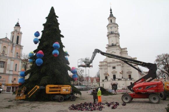 Kaune puošiama Kalėdų eglė