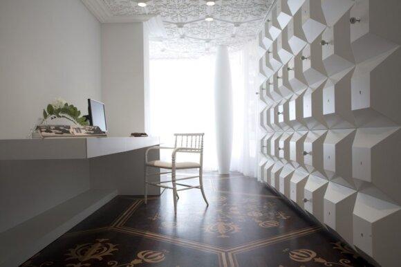 Būstas su kūrybiniais dizainerio įkalčiais