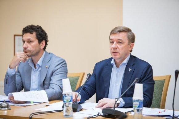 Robertas Šarknickas, Ramūnas Karbauskis