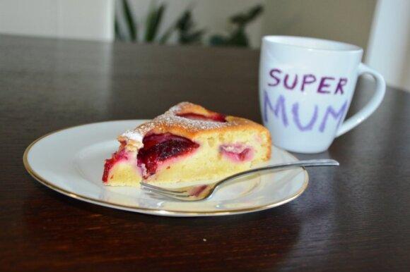 Laikas kepti slyvų pyragą: gardus receptukas