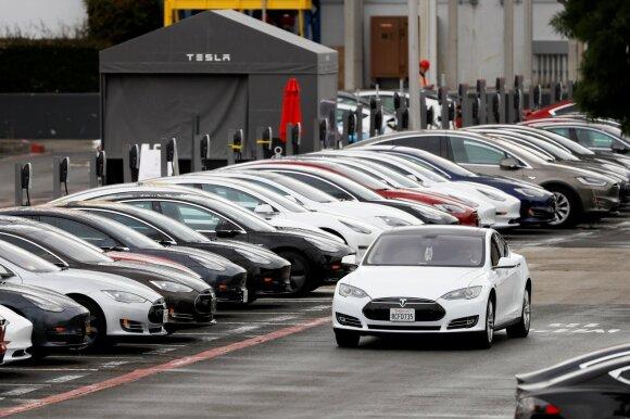 """Kaip """"Lucid Motors"""" planuoja įgyvendinti """"Teslos"""" sunaikinimo strategiją"""
