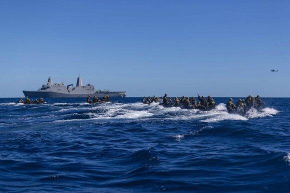 Naujas gynybinis aljansas jau pykdo Kiniją, nepasitenkinimą reiškia ir Prancūzija
