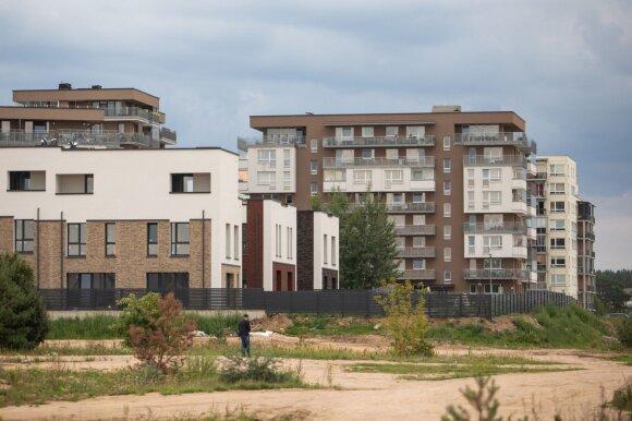 Liepą – nauji vėjai NT rinkoje, tačiau nerimą kelia įtakos būsto kainai turintis veiksnys