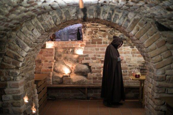 Iš vienuolyno rūsių – neįprastos, bet labai skanios giros receptas: galima gaminti iš visko, ko tik geidžia širdis