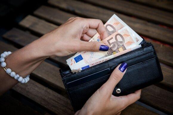 Štai kas rugsėjį mokėjo didžiausius atlyginimus: sumos – penkiaženklės