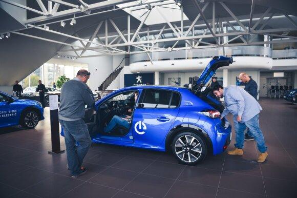 """Lietuvoje debiutavo naujas elektromobilis – """"Peugeot e-208"""""""