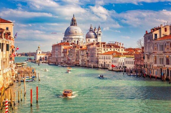 Po Venecijos vandeniu aptiko senovinį kelią ir gyvenviečių liekanas.