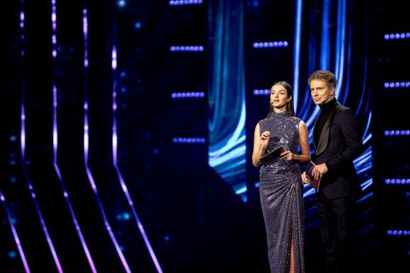 """Prasidėjusiuose """"Eurovizijos"""" atrankų filmavimuose apstu permainų: viena jų – slaptas komisijos kambarys"""