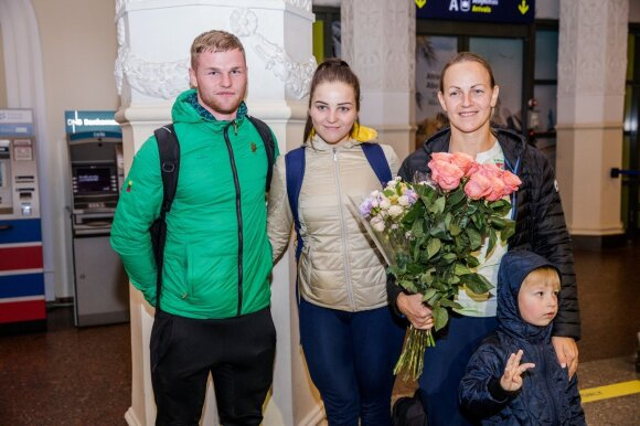 Vasilijus Lendelis, Simona Krupeckaitė ir Miglė Marozaitė
