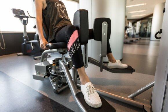 Pritraukiamųjų ir atitraukiamųjų raumenų stiprinimo treniruoklis/ kėdutė