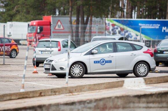 """""""Regitra"""": vairuotojų egzaminavimas atnaujinamas, tačiau yra kelios sąlygos"""