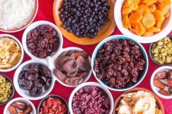 Svarbiausi patarimai apie vaisių ir daržovių džiovinimą žiemai
