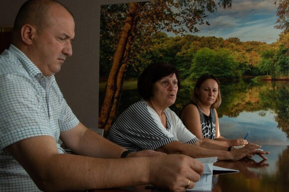 Руководители Северо-Донецкого БУВР Сергей Трофимчук и Наталья Белоцерковская (в центре)